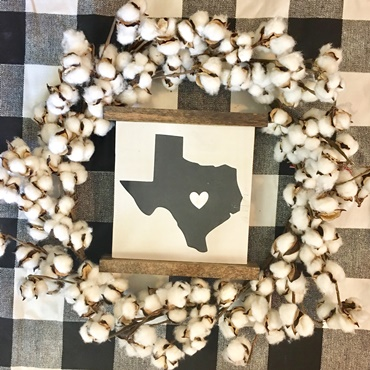 Farmhouse Mini Scroll Sign (no wreath)